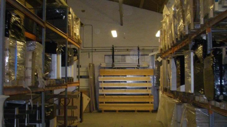 Messebyg er flyttet til nyt lager i Them